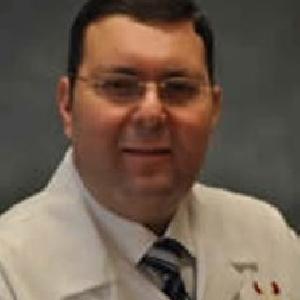 الدكتور فادي سواقد - اختصاصي جراحة الكلى والمسالك البولية