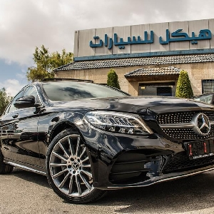 For sale Mercedes 2019 C200 hybrid in Amman…