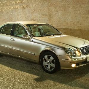 مرسيدس 2003 E200