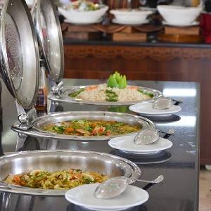 بوفيه افطار مفتوح في رمضان…